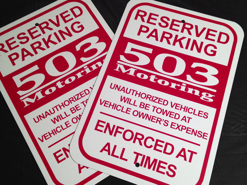 Custom No Parking Signs Die Cut Vinyl Aluminum Sign